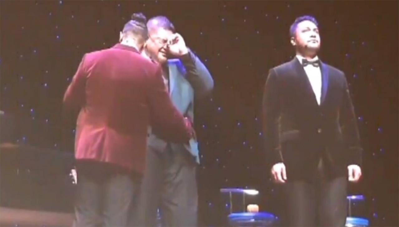 Watch: Sol3 Mio singer Pene Pati breaks down on stage during Christchurch victim tribute